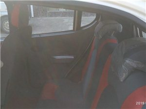 江特E30電動汽車