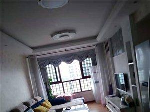 水岸城2室2厅1卫1600元/月三台空调