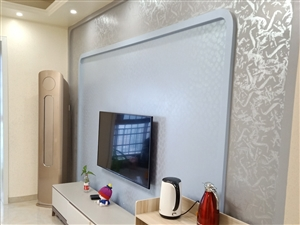 西城一号电梯高层精装二室全名牌家具家电仅售70万!