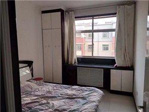 中恒兴佳城3室2厅1卫1800元/月