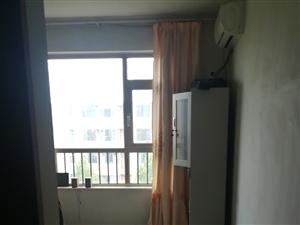 天元·万和城3室2厅2卫1250元/月