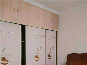 合江时代广场电梯公寓3室 2厅 1400元