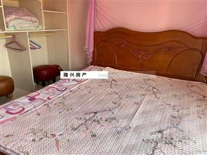 水榭丹堤2室1厅1卫2000元/月拎包入住