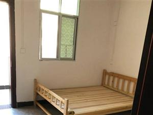 大同巷3室2廳2衛1500元/月