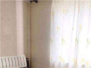 王府花园2室2厅1卫1500元/月