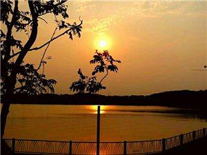 夕阳黄昏时