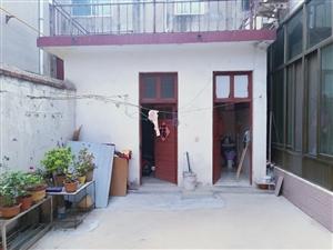 外贸小区附近4室2厅2卫1333元/月独门独院