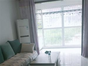 新东城一层拎包,年租1.2万,全新家具