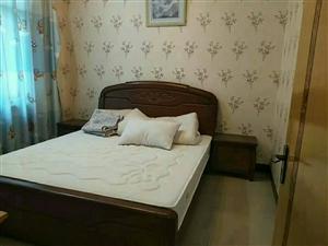 上城国际3室2厅2卫3000元/月