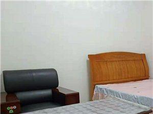 棉纺厂家属院3室1厅1卫350元/月