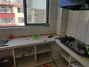杨家庄子小区中装修3室2厅1卫750元/月