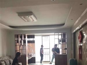 龙塘湾3室2厅1卫1233元/月