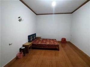 大十字长青楼3室2厅1卫900元/月