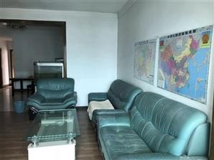 武装部3室2厅2卫1066元/月