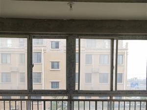 阳光花园毛坯房边户118平3室2厅2卫46万元