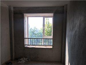 圣和雅居园电梯118平3室2厅50万送车位