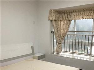 阳光花园4室1厅1卫1700元/月