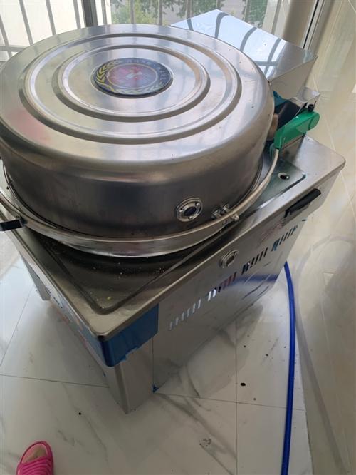 使用一个月新饼档,电气两用,锅底已经养好绝对不粘锅,到家就用。因个人原因低价转让,需要的朋友请联系
