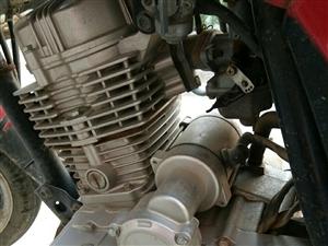 木�m125摩托�,跨�T,�l��C�o漏油,�o�S修,�p震不漏油,新�Q后�胎,�里程7000多公里,上下班自...