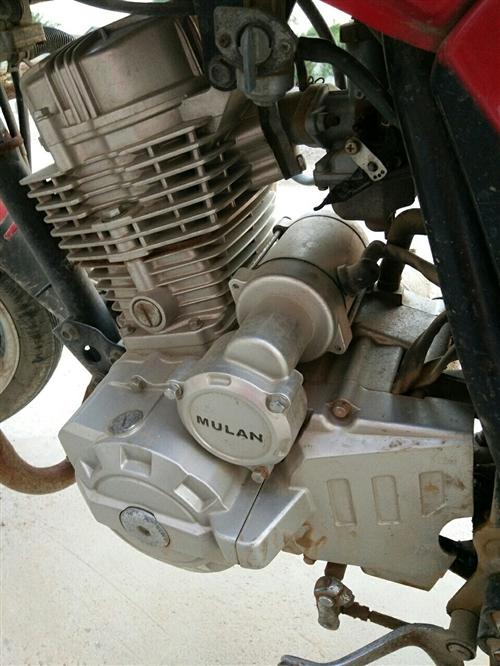 木蘭125摩托車,跨騎,發動機無漏油,無維修,減震不漏油,新換后輪胎,總里程7000多公里,上下班自...