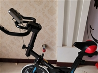 二手健身器一台,使用不到一年,全车无任何掉漆磕碰划痕,买时800,现300出售,喜欢的联系
