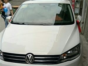 本人有二手捷达车(白色)出售。手动挡,才跑446公里。手续齐全。如有需要请联系