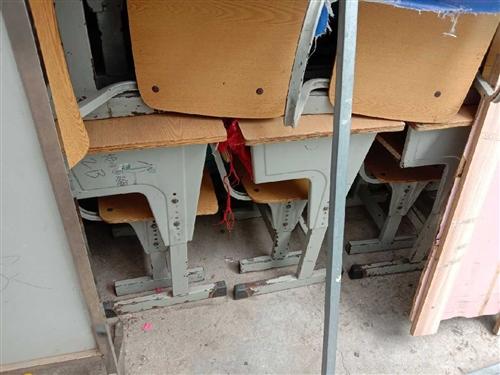 二手桌椅,用不到了,便宜处理,共18套!