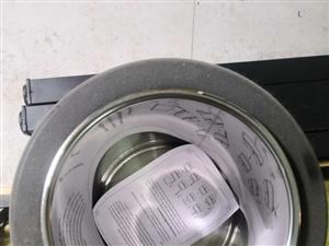 保溫桶 九層新 使用兩月 能裝20斤 溫度可調0-80度  有多個 有全新的