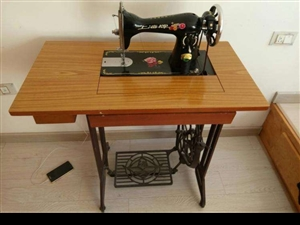 本人家住金塔县城内,家中有闲置的一台缝纫机,机子保养的非常好,无任何故障,预低价处理,有意者请联系我...