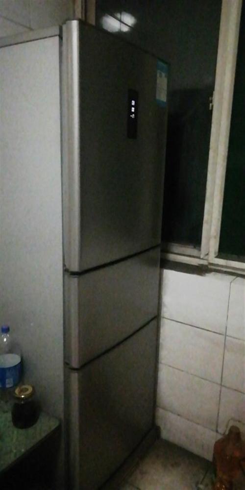 因搬家,低价处理冰箱,油烟机,电话18764541619