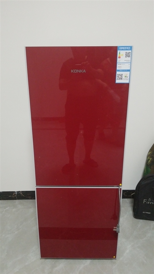 99新康佳冰箱转让,买小了从新买了台大的