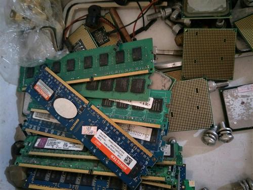高价回收各种二手电脑,公司宾馆个人台式电脑,笔记本电脑,不管好坏都收,长期出售各种二手办公电脑,游戏...