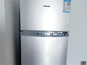 9成新省电冰箱低价卖了,那大市区免费送上门,看中直接联系我13198979119