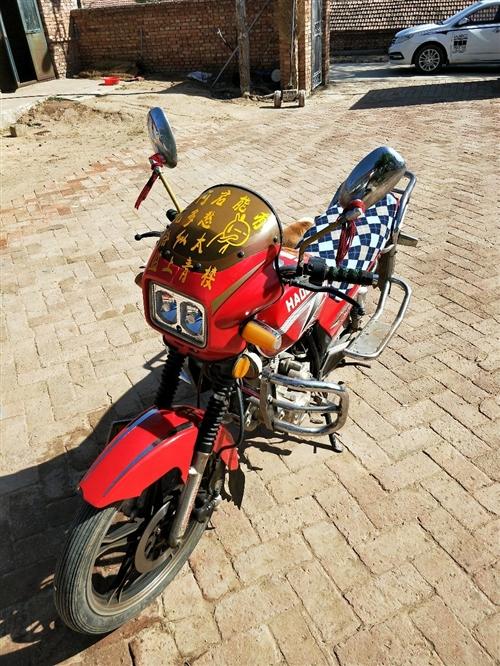 出售125摩托車,沒怎么騎,一直在老家放著了,啥毛病沒有,一千,可小議