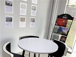 接待桌+老板桌+老板椅+收银台一起便宜出,在恒大一期