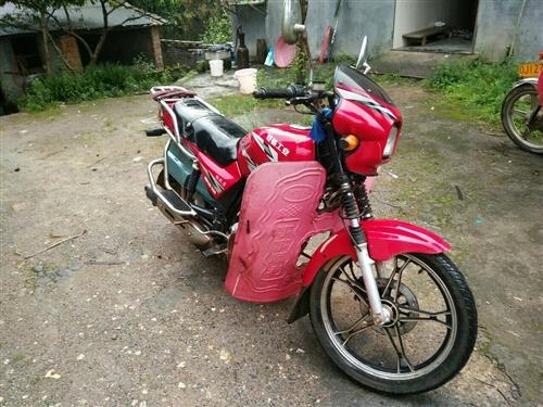 輕騎男士摩托車8成新,買了小車現在用不上,需要的朋友聯系我電話13786153540,買到就是賺到。...