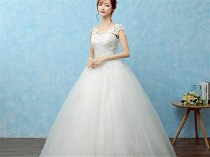 寶貝新買的,打算結婚穿的,結婚家里要求穿民族嫁衣,所有擱置了,全新的哦,需要的聯系