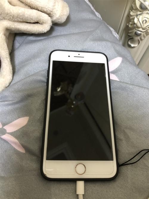 苹果8p,64G,全网通,在保两个月,边角有轻微磨损,无拆无修,纯原装