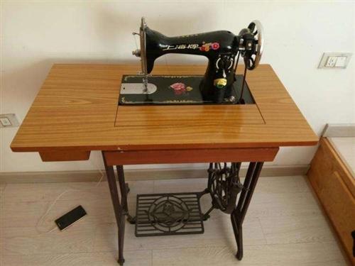 本人家中有闲置的一台缝纫机,机子保养的很好,无任何故障,有意者请联系我