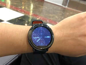 华∞米智能手表,