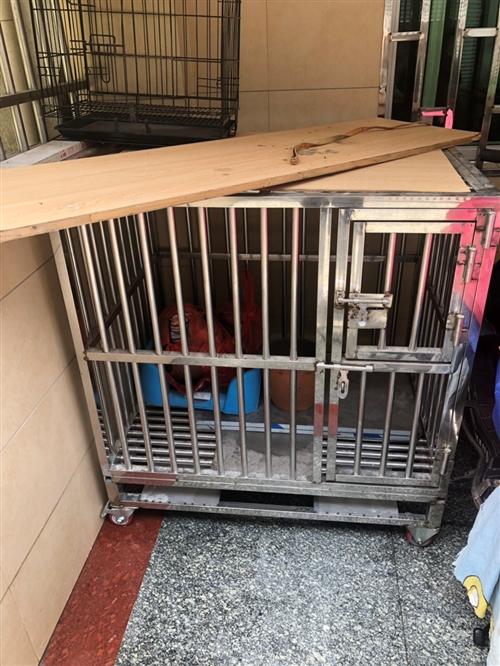 304不銹鋼狗籠,適合金毛,拉布拉多等中型及以下的犬只。制作及材料費花費了500元,九成新,現300...