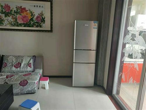 搬家转让二手冰箱,全自动洗衣机,地址锦绣家园15291368778微信同号