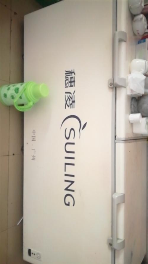 澳门银河国际网站二手穗凌大冰箱,饭店使用。使用正常,因为店里已太多冰箱,现澳门银河国际网站。
