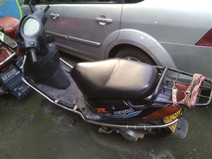 转让家用踏板摩托车,省油,带一键启动,车况很好,代步实用