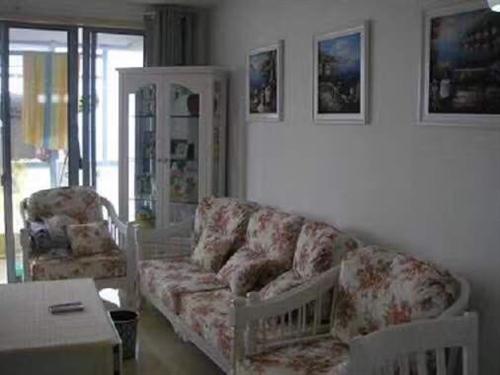 田园风家具,3+1+1沙发组合,宝贝很不错,当时我们精心挑选买来的,现在忍痛割爱