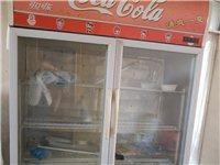 品牌冷柜展示柜八成新,高180,宽150。制冷特别好,开店用了的。由于没地方放,忍痛出售。