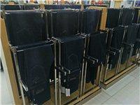 超价出售九成新品牌男装货柜,中岛柜,收银台等!电话联系13033266148