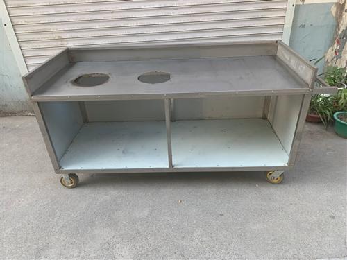 不銹鋼餐車 可移動 長185 高90 寬70 具體可私信我急售