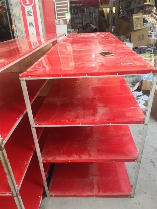 因店面升級,之前兩個貨架低價出售!剛用半年,純角鐵打造,一個3米*0.8米一個2.5米*0.8米!有...