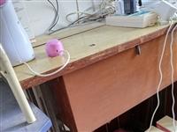 脚踏√缝纫机,少用←保养很新,搬家没地方放,低价处理80元。